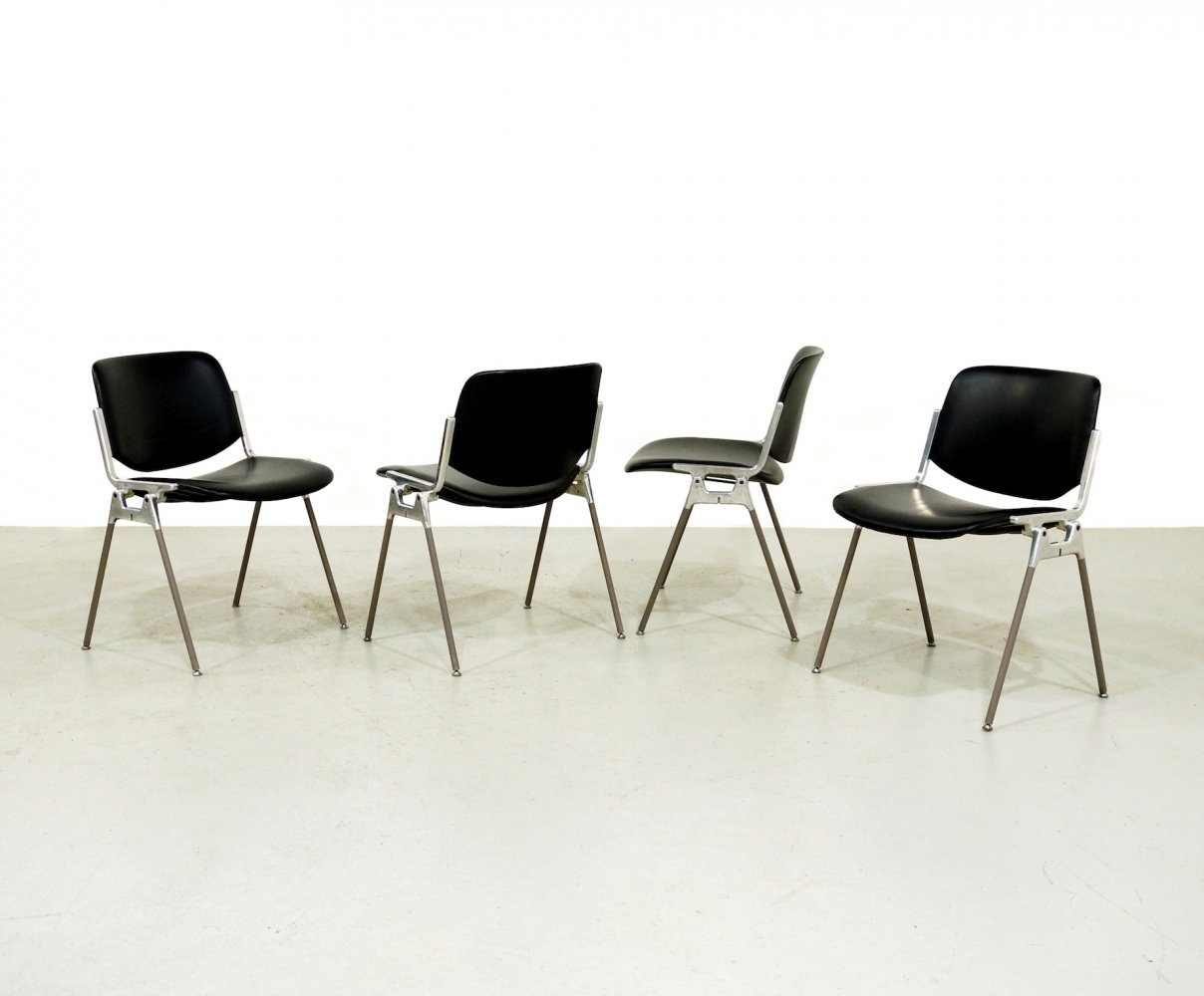 Set of 4 DSC 106 dining chairs by Giancarlo Piretti for Anonima Castelli, 1970s