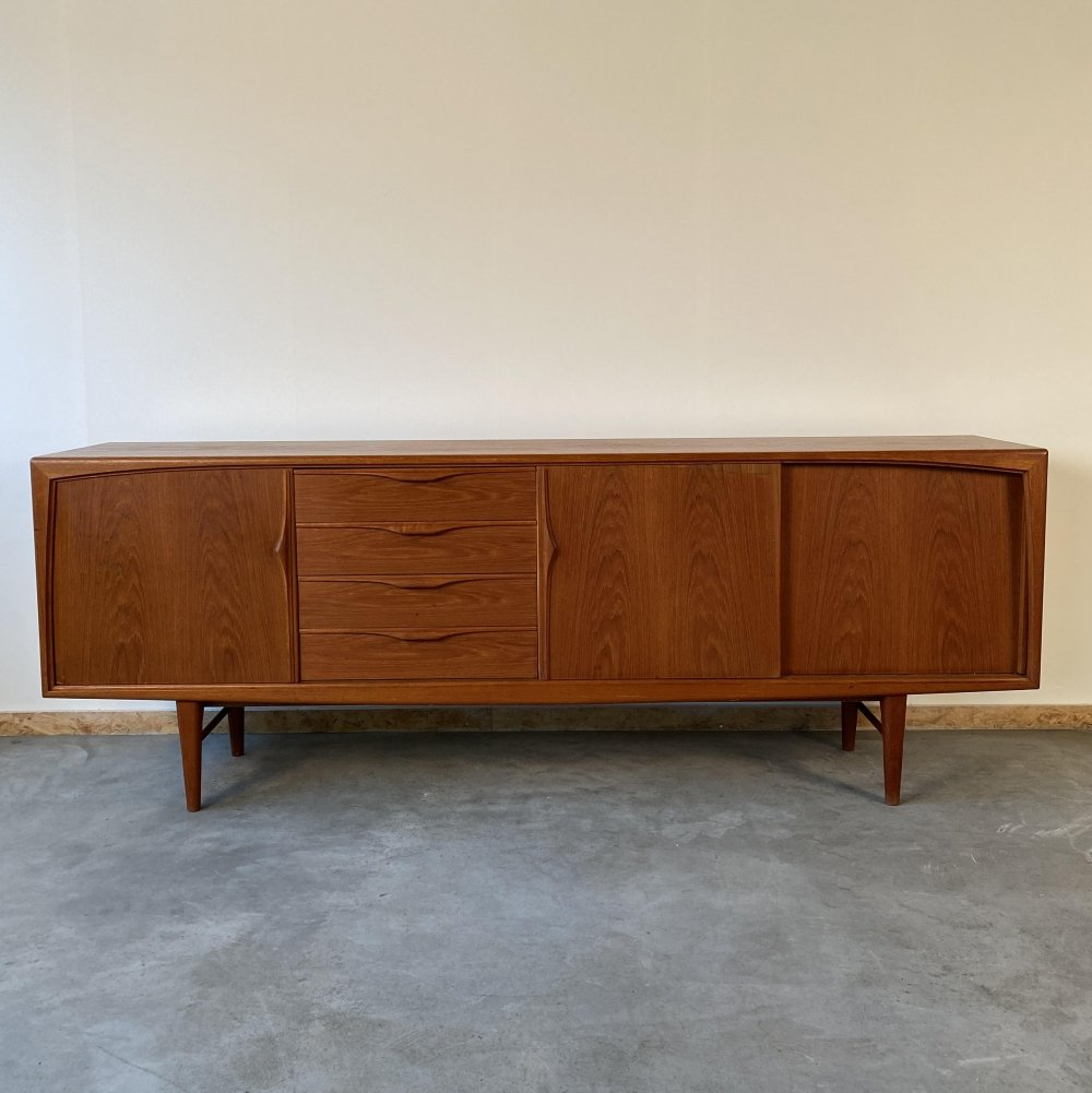 Vintage sideboard by Gunni Omann for RT Möbel, 1960s