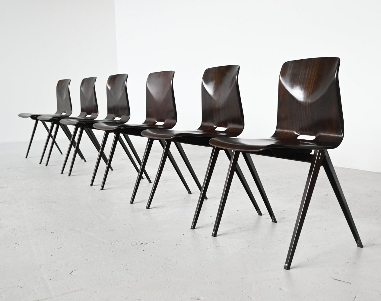 Elmar Flototto model S22 stacking chairs by Pagholz, Germany 1970