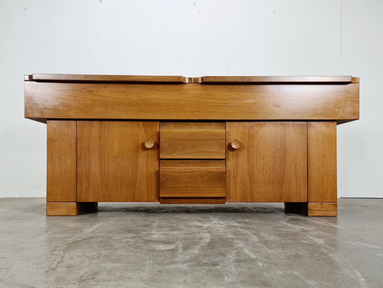 Giovanni Michelucci Torbecchia sideboard for Poltronova in solid walnut, 1960s