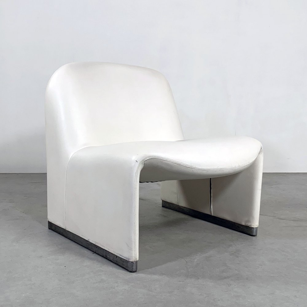 White Leather Alky Lounge Chair by Giancarlo Piretti for Castelli, 1970s