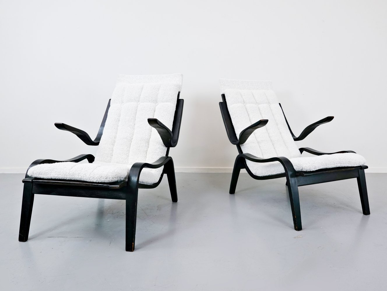 Pair of Bentwood Armchairs by Jan Vanek for UP Zavodny, 1930s