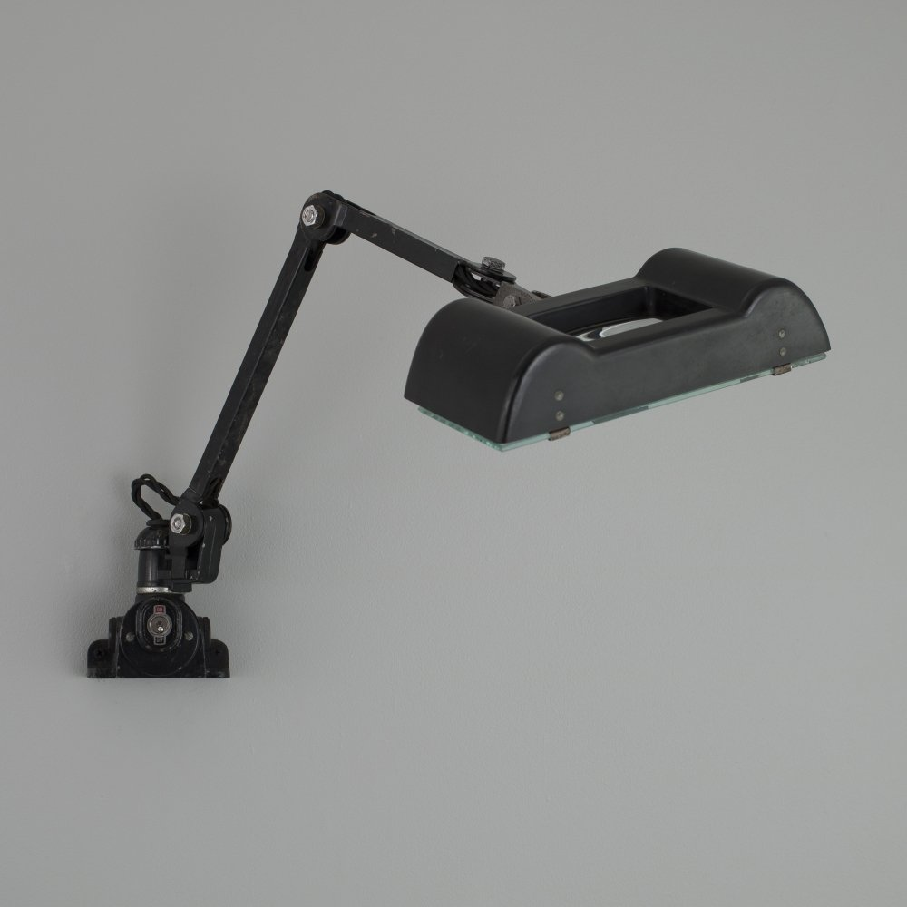 1940s magnifying work light by EDL