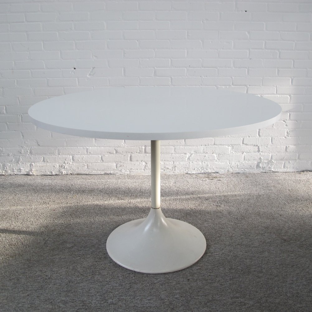 Vintage white tulip formica dining table, 1960s
