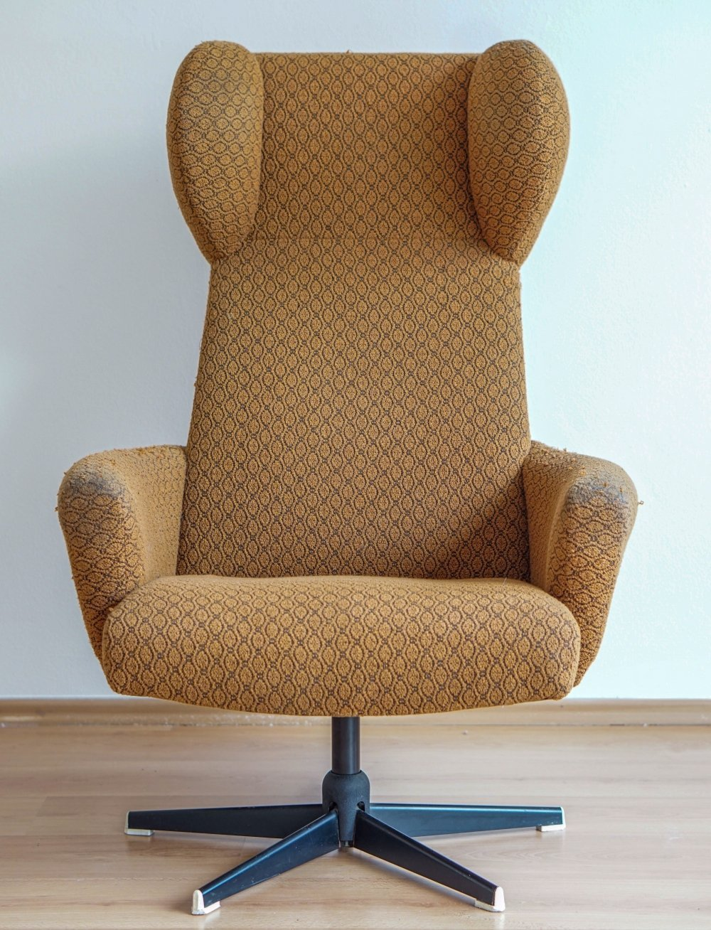 1970s wing armchair