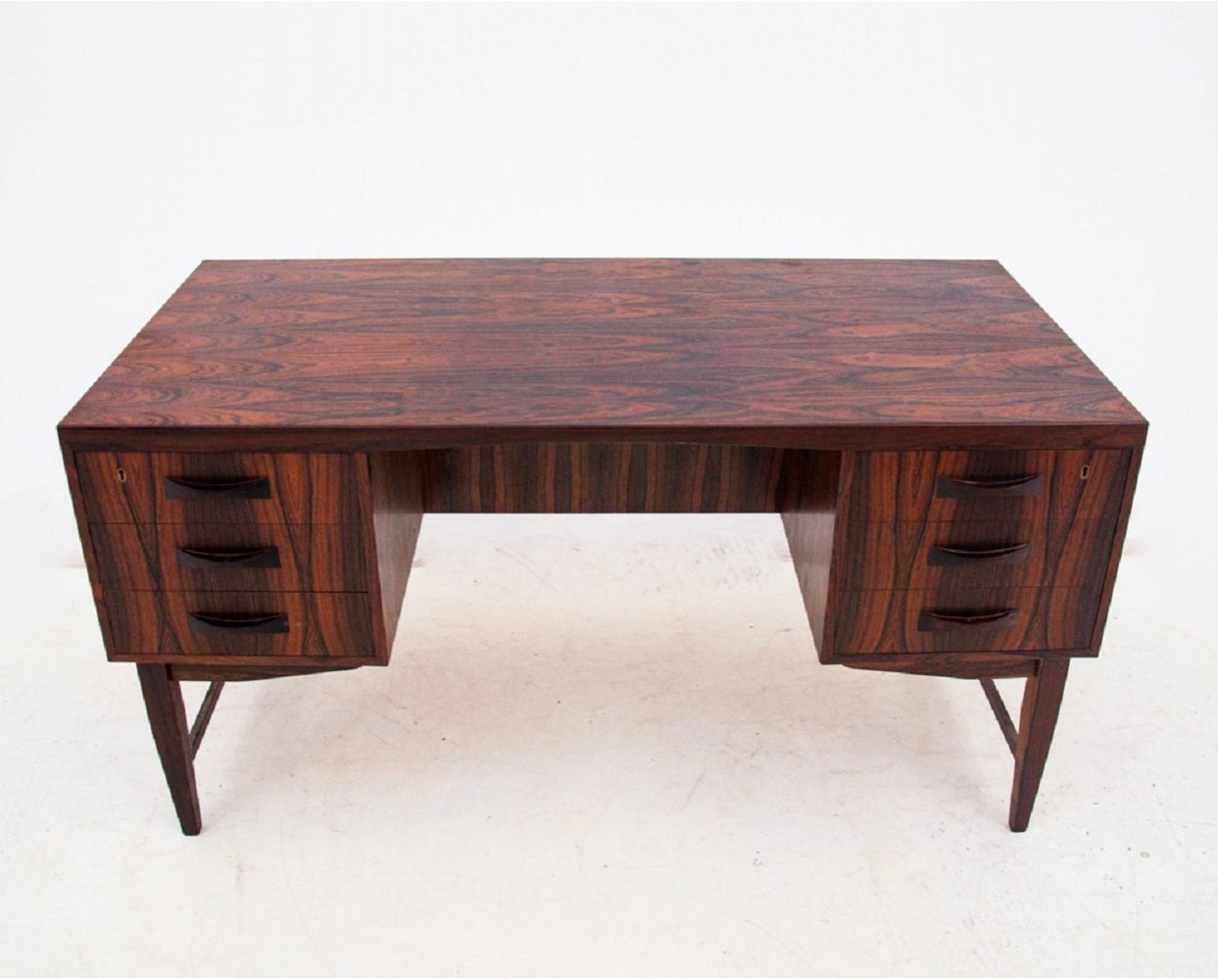 Rosewood desk, Danish design 1960s