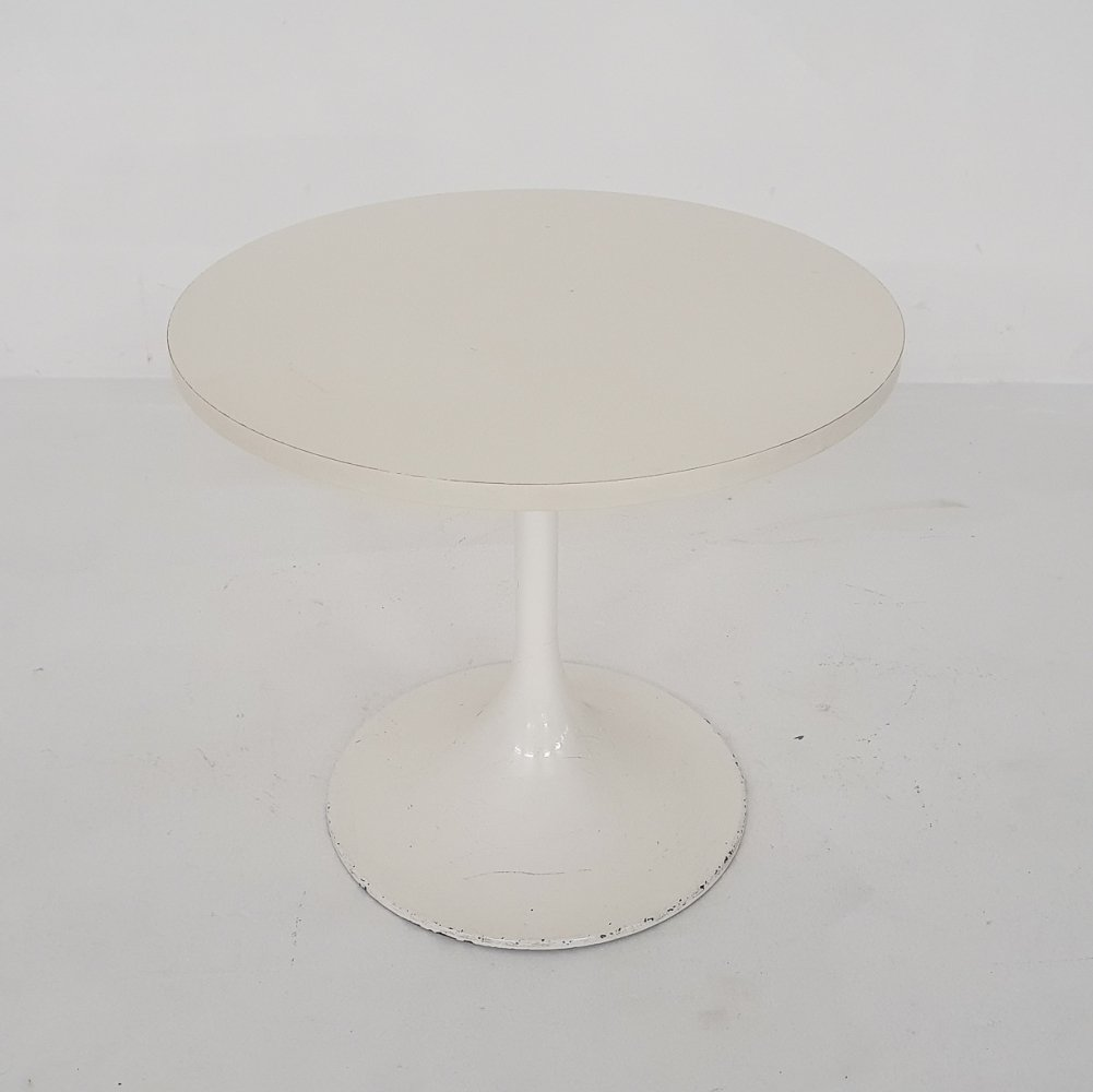 White tulip side table model 3665 by Ilse Mobel, Germany 1970
