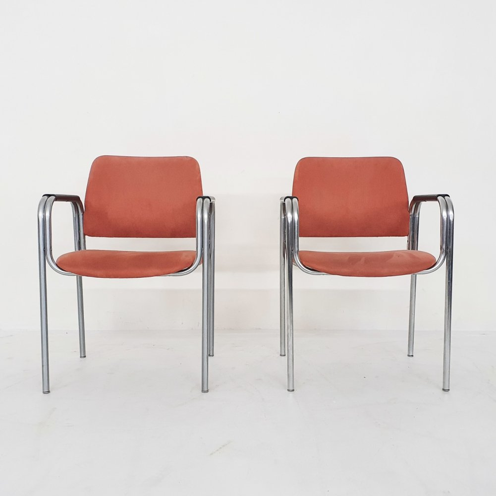 Pair of tubular arm chairs in pink suede by Kho Liang Ie for CAR Katwijk, The Netherlands 1960