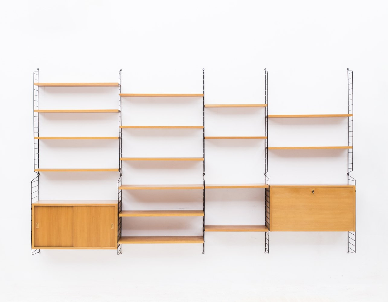4–Bay wall unit by Nisse Strinning for String, Sweden 1950