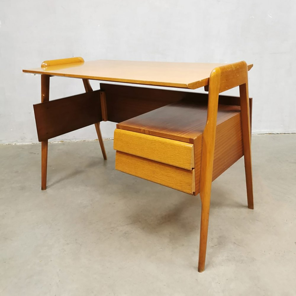 Midcentury Italian design writing desk by Vittorio Dassi