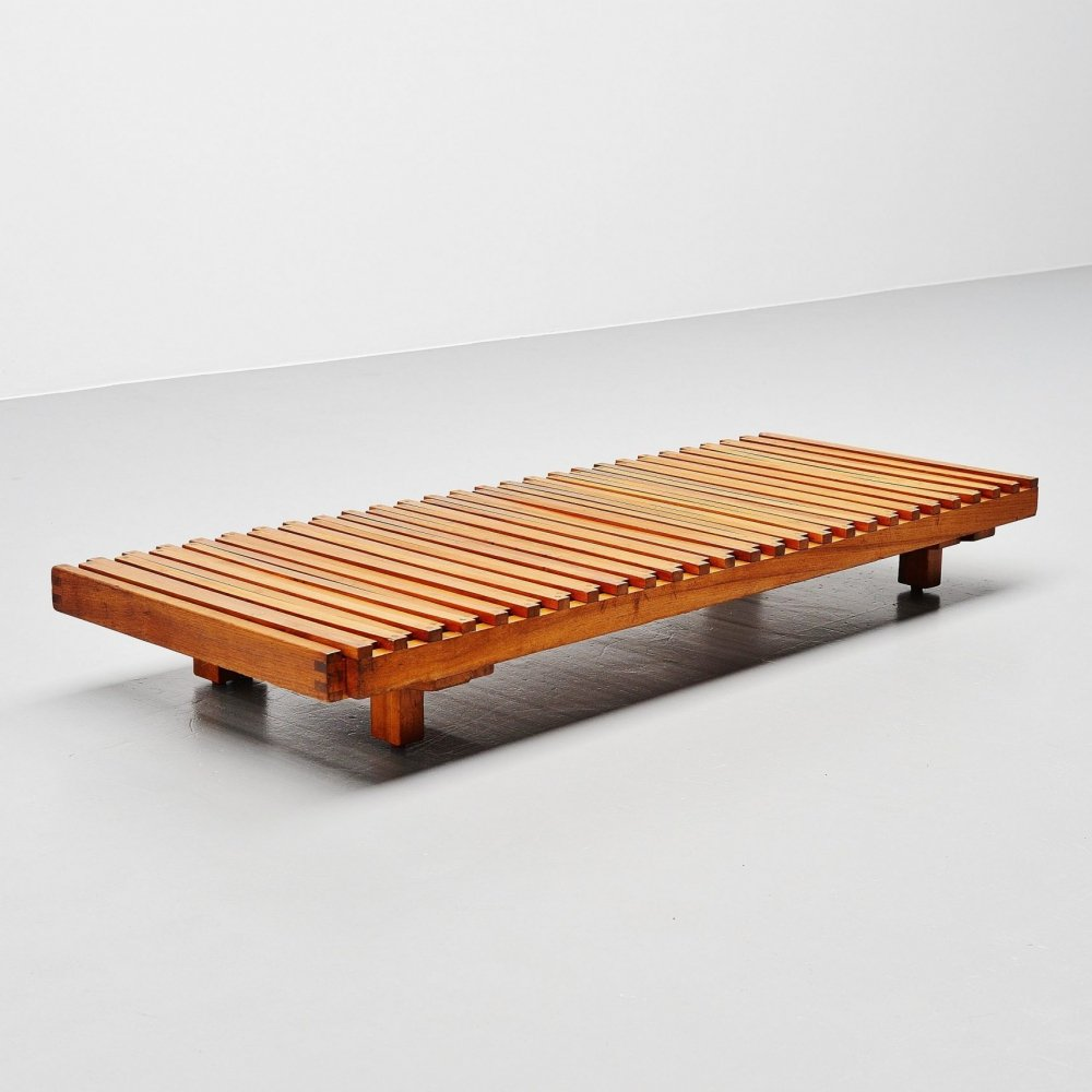 Pierre Chapo L07 daybed in solid elm, France 1963