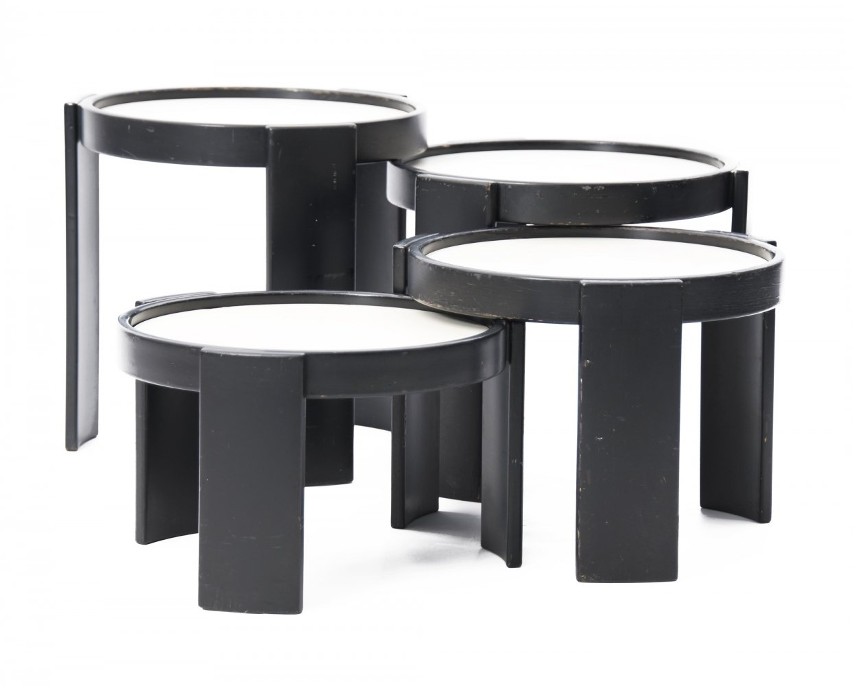 Early edition & matching set Model 780 nesting tables by Gianfranco Frattini for Cassina, labeled 1960s