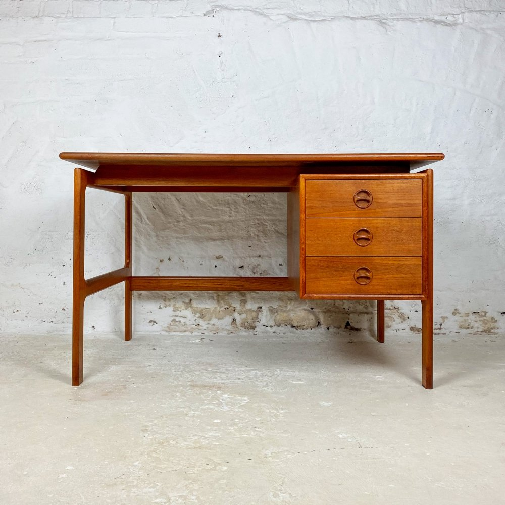Teak writing desk by Arne Vodder for GV Møbler, 1960s