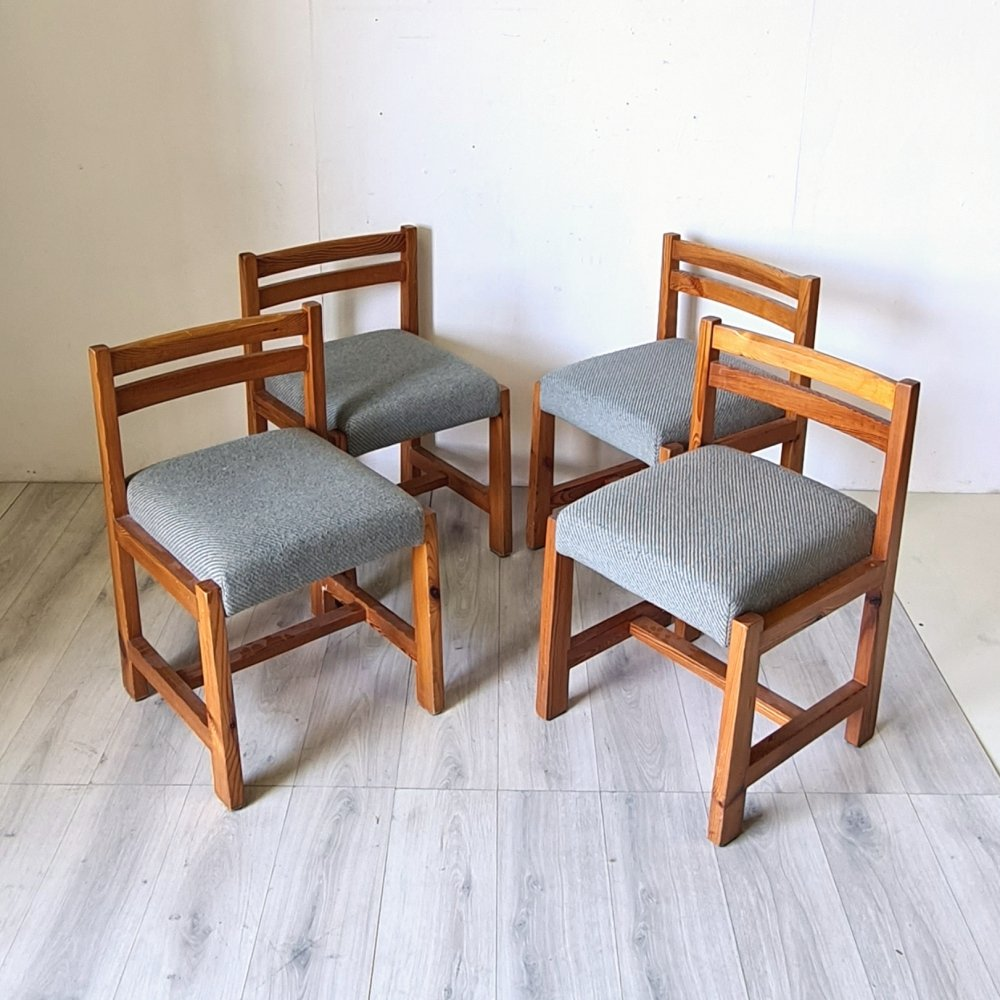 Set of 4 Modernist pine dining chairs with wool fabric seats, 1960s