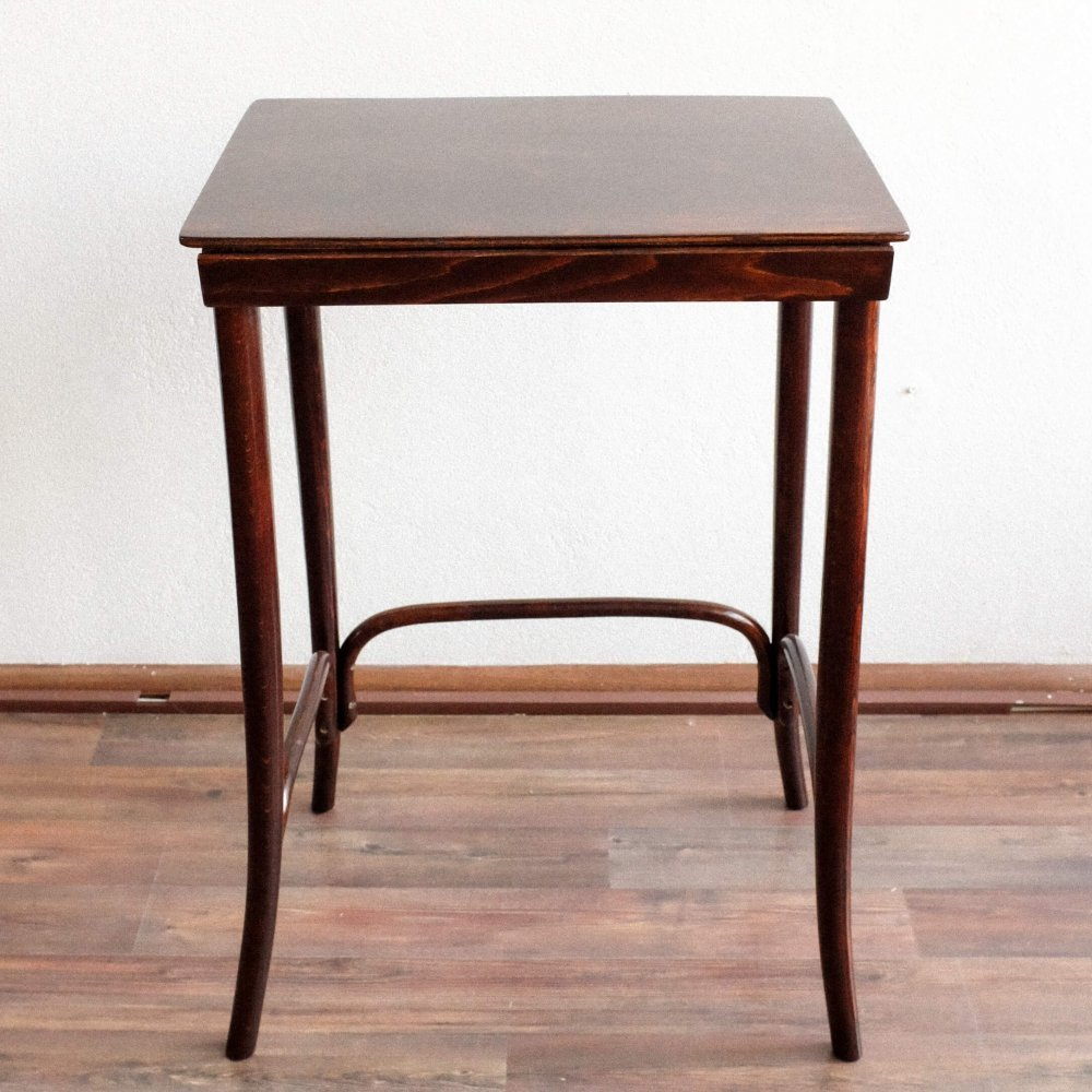 Model 1 side table by Michael Thonet for Thonet, 1920s
