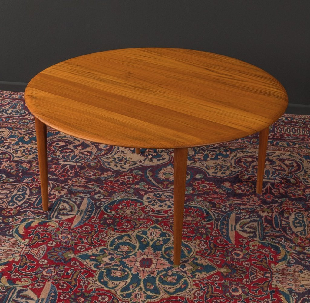 1960s coffee table by Peter Hvidt