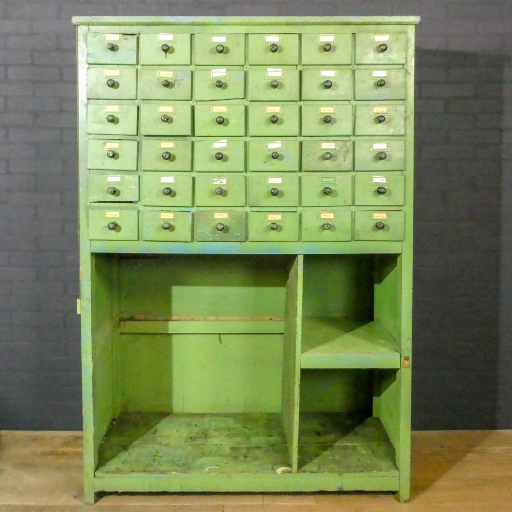 Old green chest of drawers / kitchen cupboard