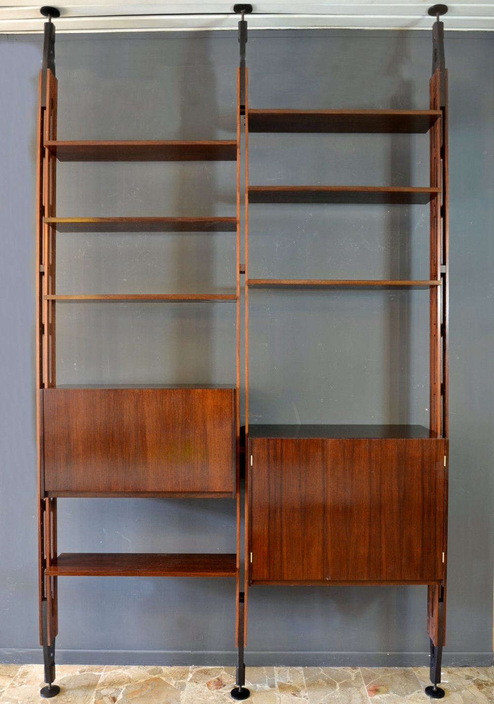 Rosewood 'Giraffa' bookcase by Paolo Tilche for Arform, Italy, 1960s
