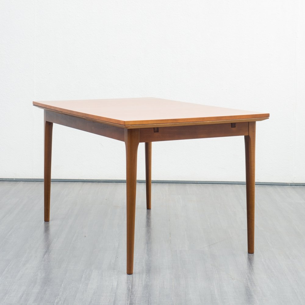 High quality 1960s walnut dining table by Lübke