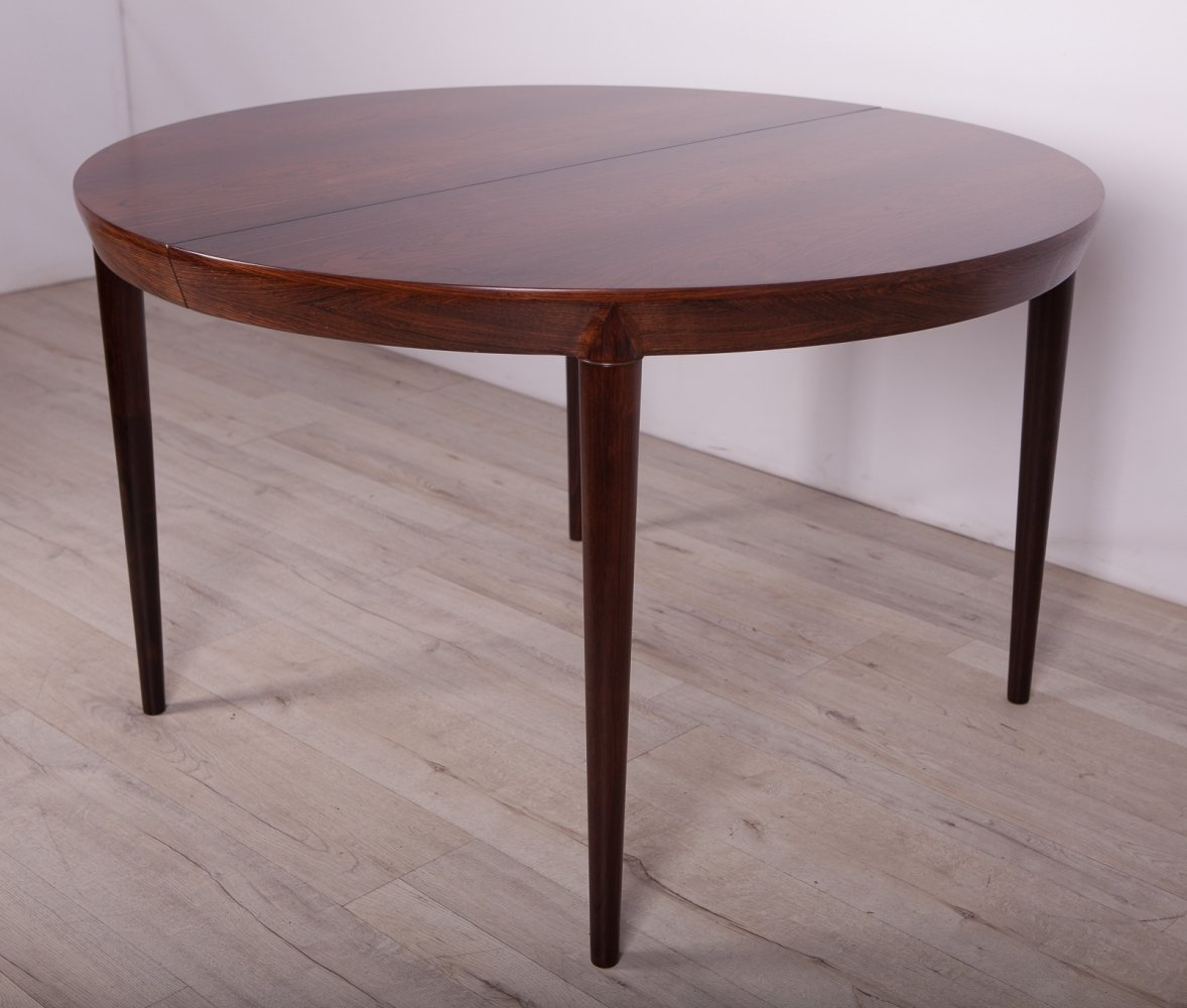 Mid-Century Round Rosewood Dining Table by Severin Hansen for Haslev Møbelsnedkeri