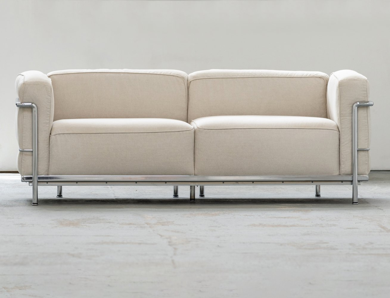 Cassina LC3 Grand Confort Sofa by Le Corbusier, Perriand & Jeanneret, 1990s