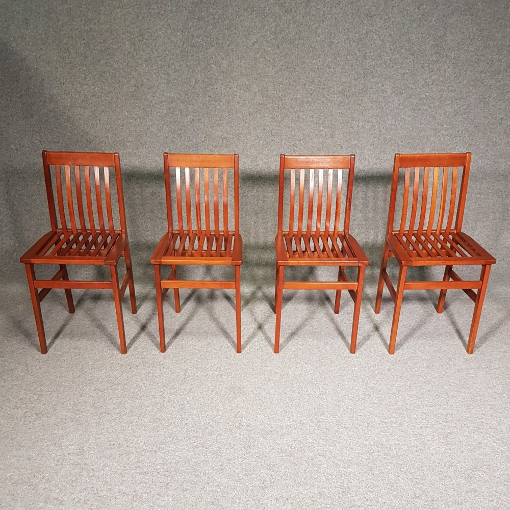 4 x Milano Chairs in cherry wood by Aldo Rossi for Molteni, 1980s