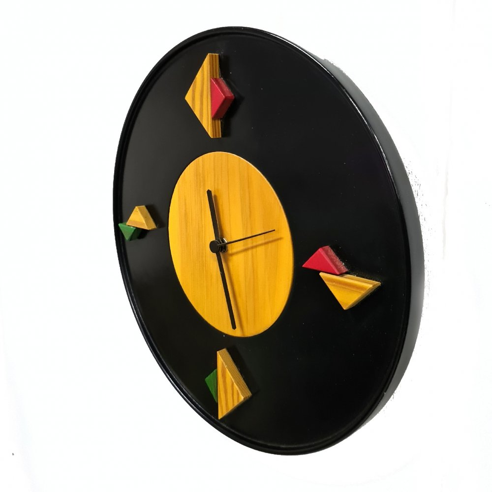 Memphis style post modern wall clock by Legnomagia, Italy 1980s
