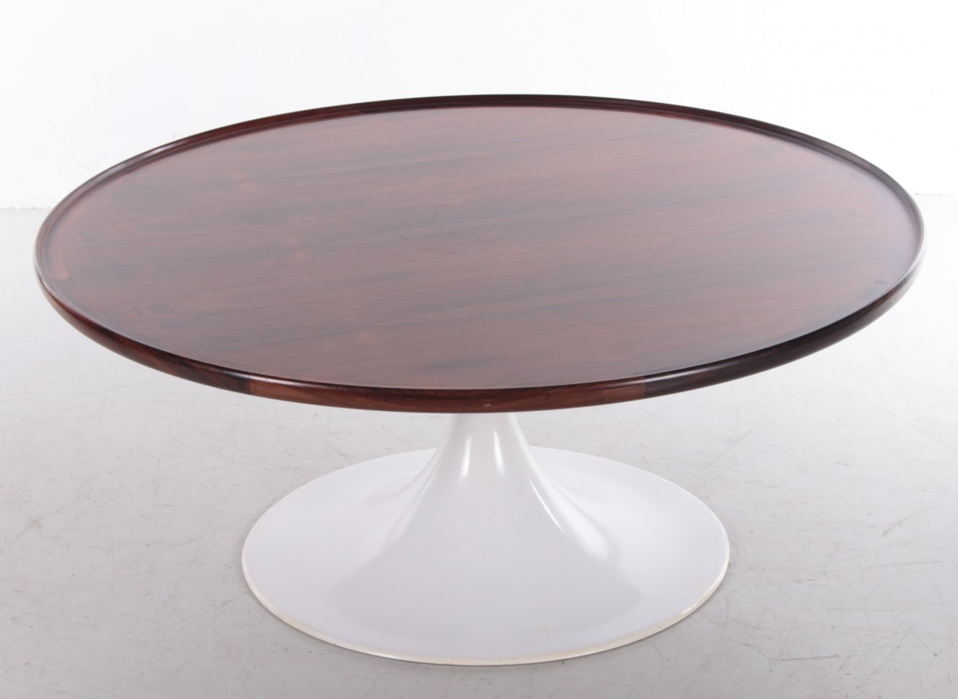 Vintage round coffee table with rosewood top, 1970