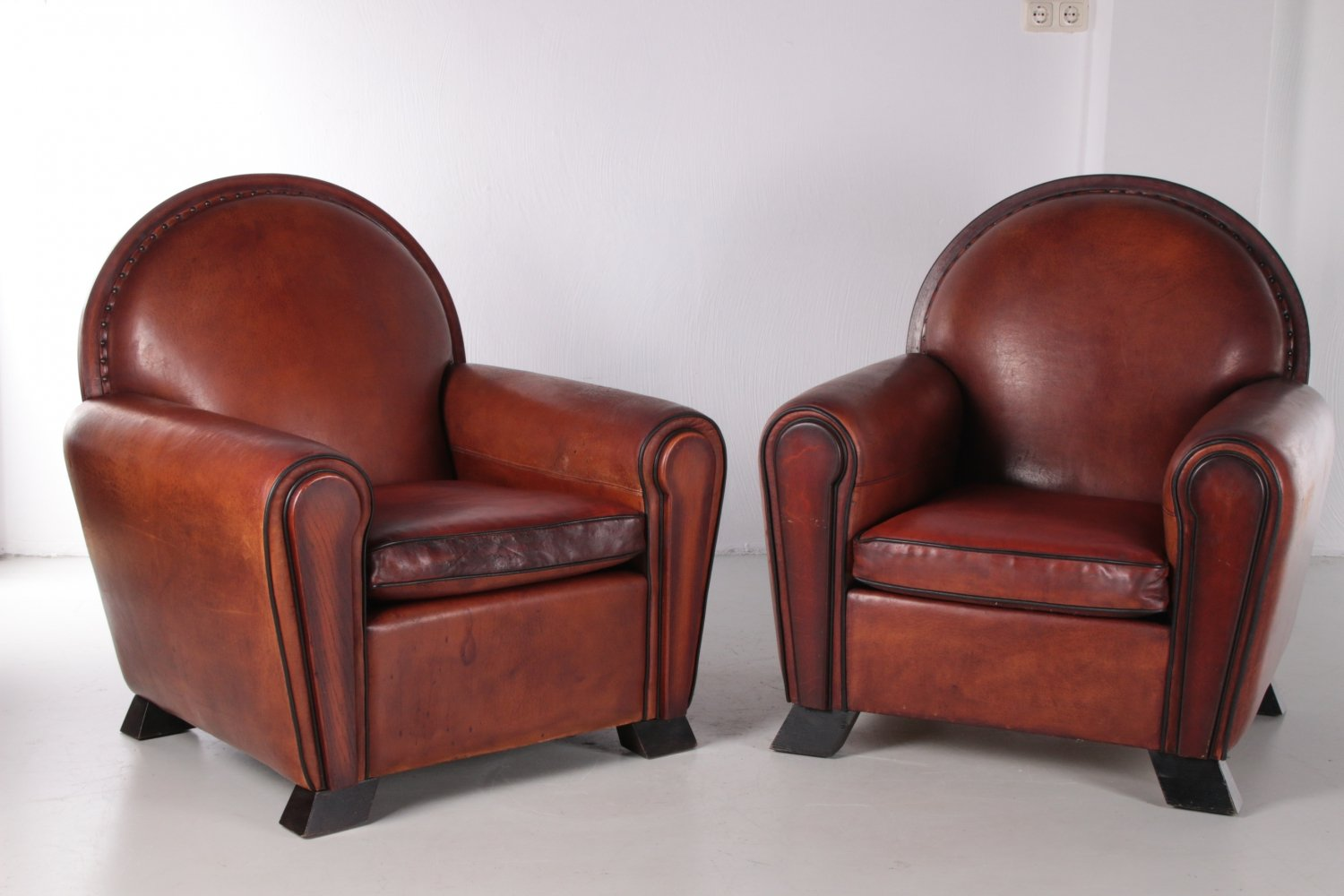 Set of two sheepskin Art Deco armchairs by Lounge Atelier, 1960s