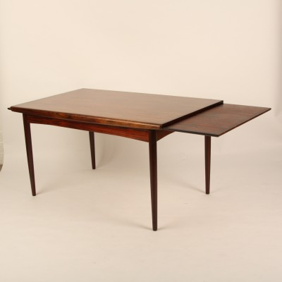 Retractable dining table from the forties by johannes for Table bar retractable