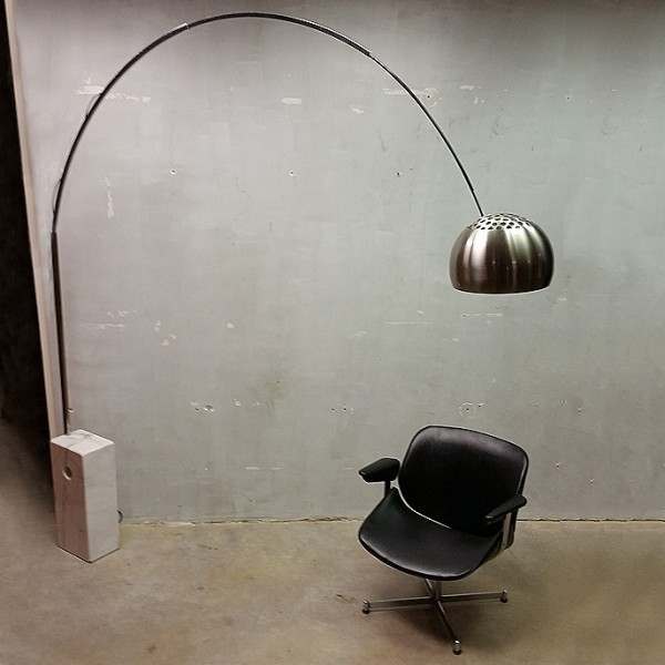 Arco Floor Lamp By Achille Giacomo Castiglioni For Flos