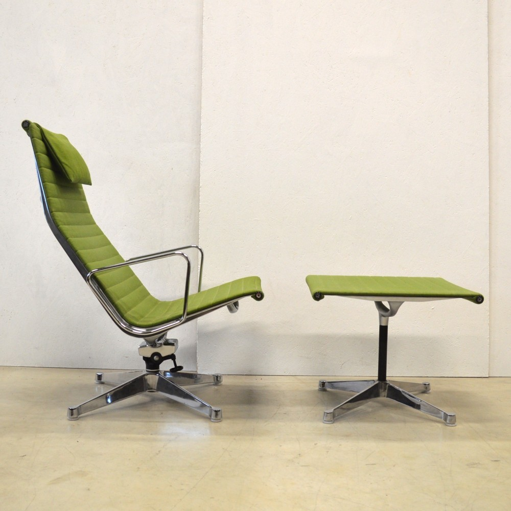 Pair Of Ea124 Amp Ea125 Lounge Chairs By Charles Amp Ray Eames