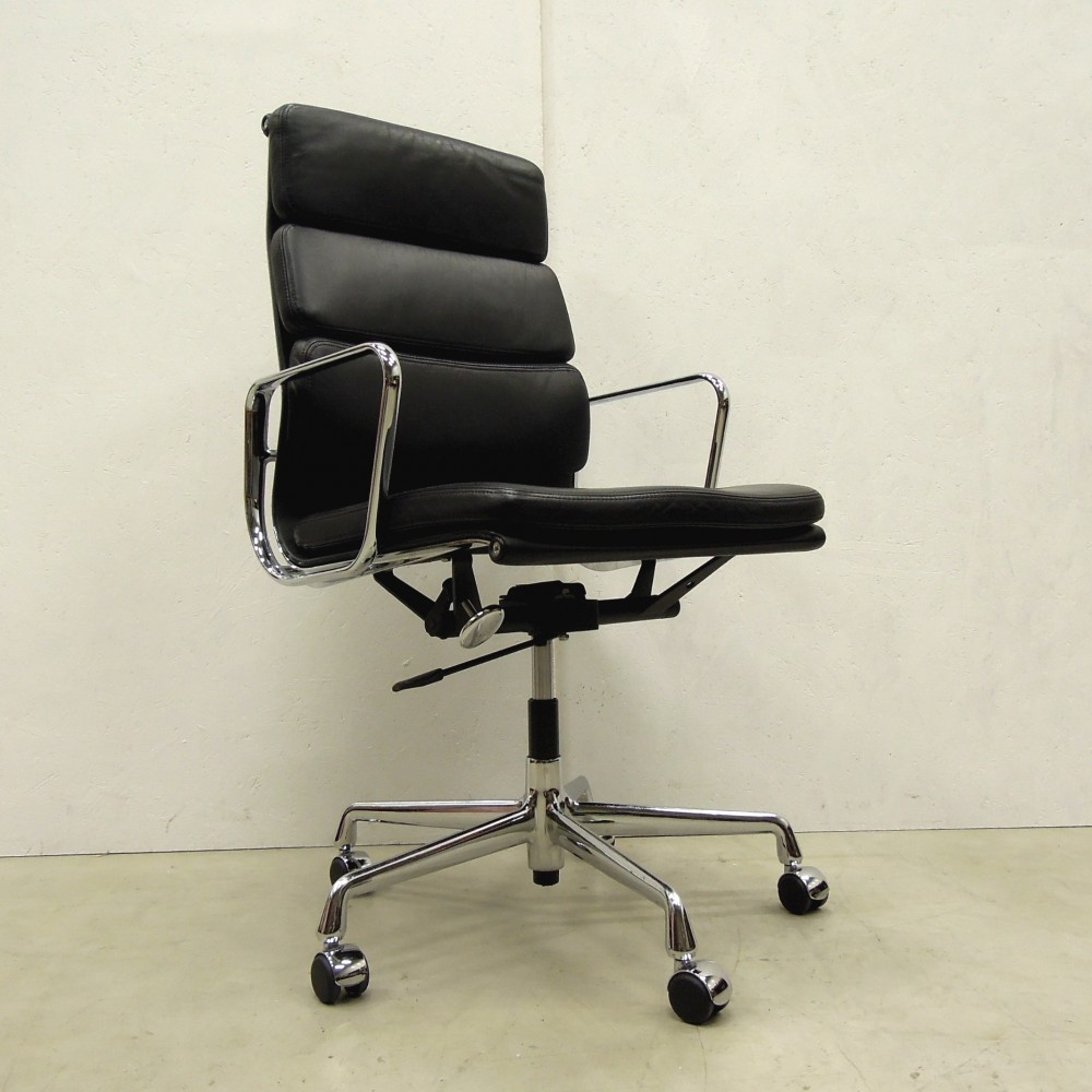 2 x ea219 office chair by charles ray eames for vitra 1990s 40386. Black Bedroom Furniture Sets. Home Design Ideas