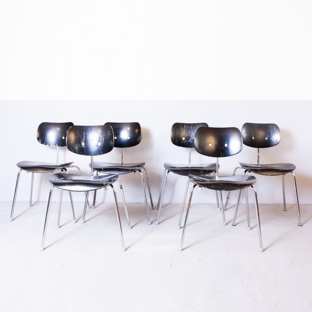 set of 12 se 68 dinner chairs from the fifties by egon. Black Bedroom Furniture Sets. Home Design Ideas