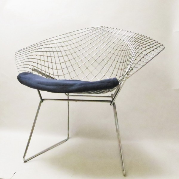 6 diamond lounge chairs from the fifties by harry bertoia. Black Bedroom Furniture Sets. Home Design Ideas