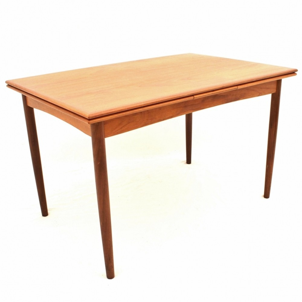 Danish design extendable dining table 55657 for Extendable dining table