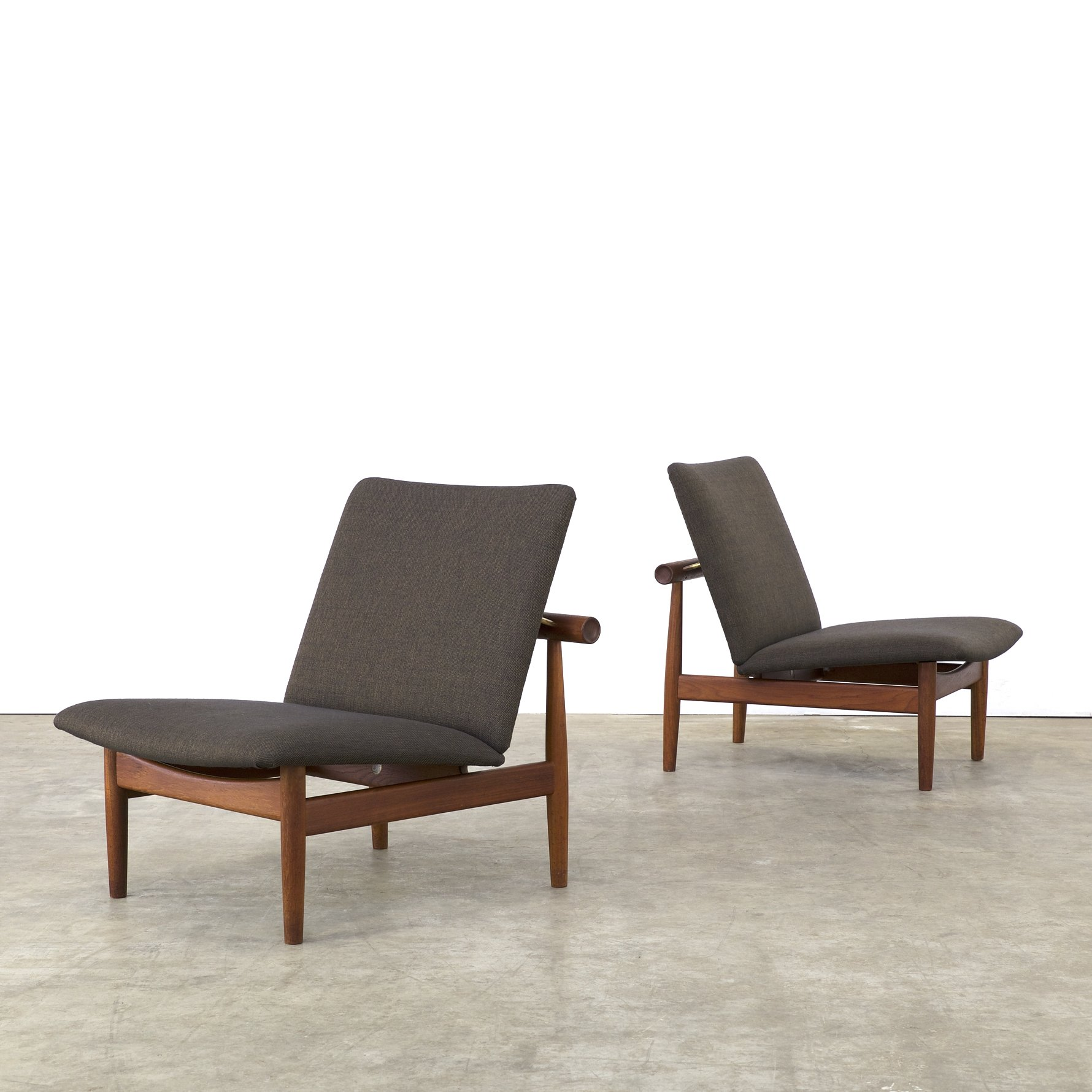 Pair Of Model 137 / Japanese Model Lounge Chairs By Finn Juhl For France U0026  Son, 1950s
