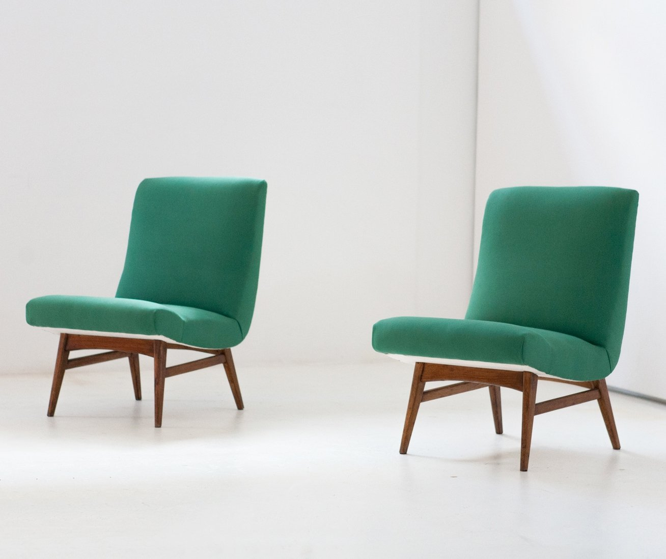 Pair Of Vintage Lounge Chairs 1950s 57970