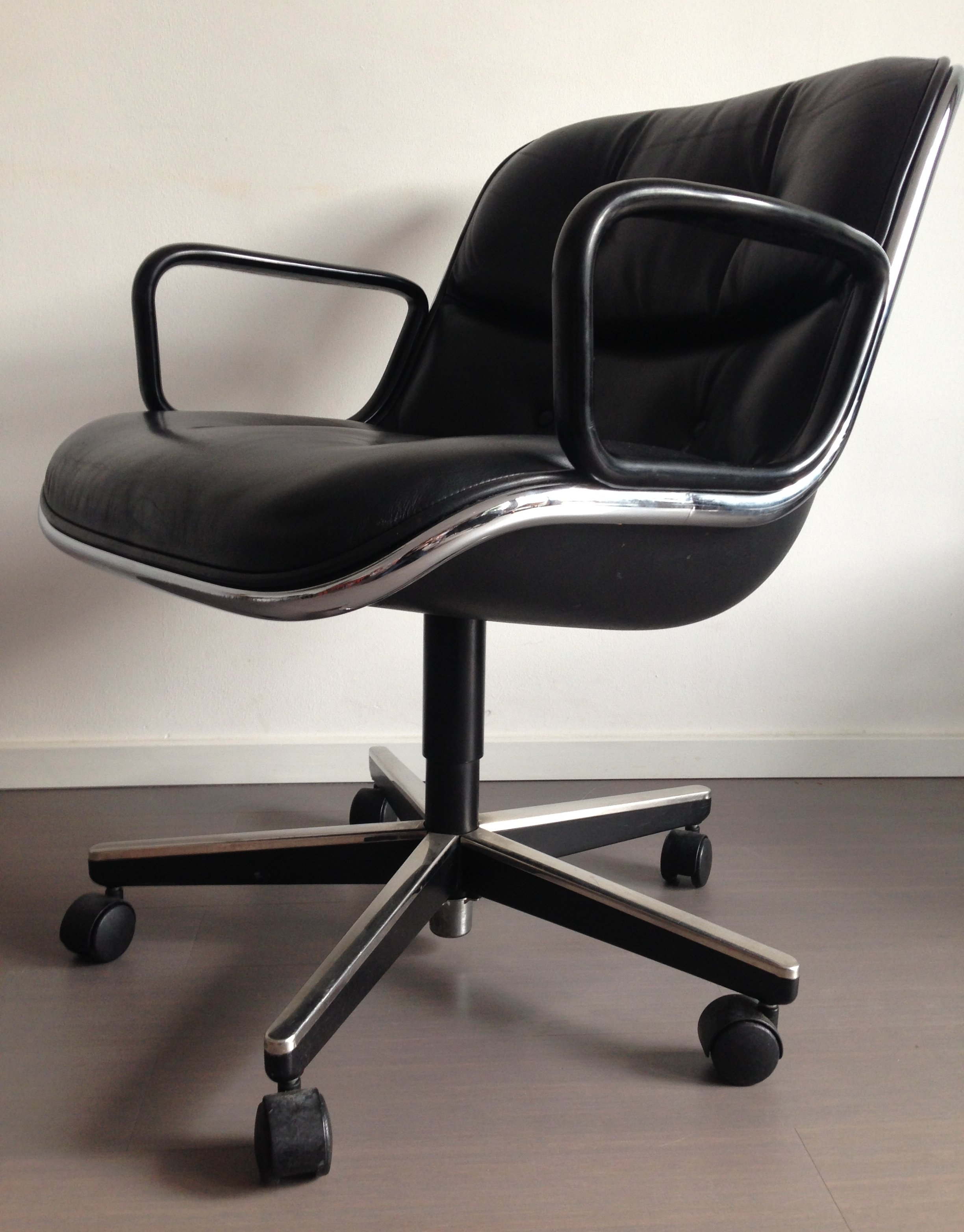 2 x office chair by charles pollock for knoll 1960s