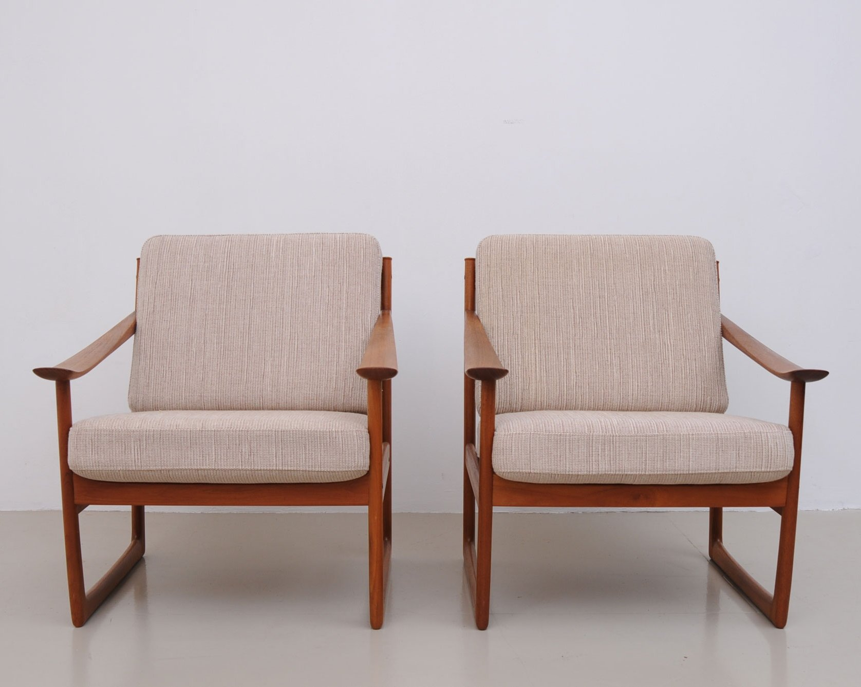 Pair Of Lounge Chairs By Peter Hvidt U0026 Orla Mølgaard Nielsen For France U0026  Son, 1950s