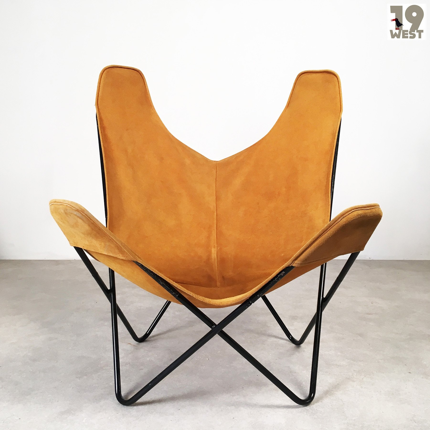 Butterfly lounge chair by Jorge Ferrari Hardoy for Knoll International 1950s