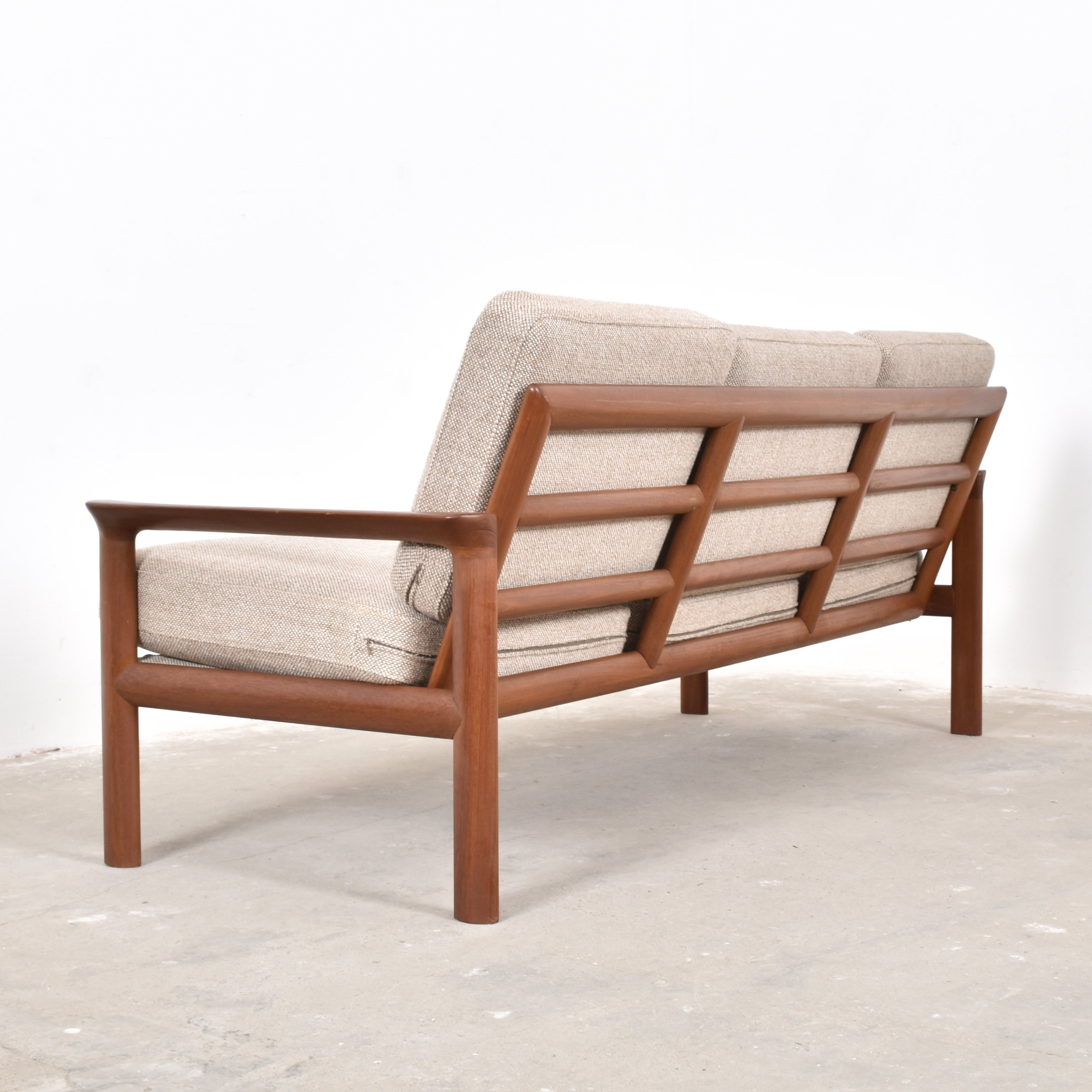 Marvelous Borneo Sofa By Sven Ellekaer For Komfort 1950S 59230 Gmtry Best Dining Table And Chair Ideas Images Gmtryco