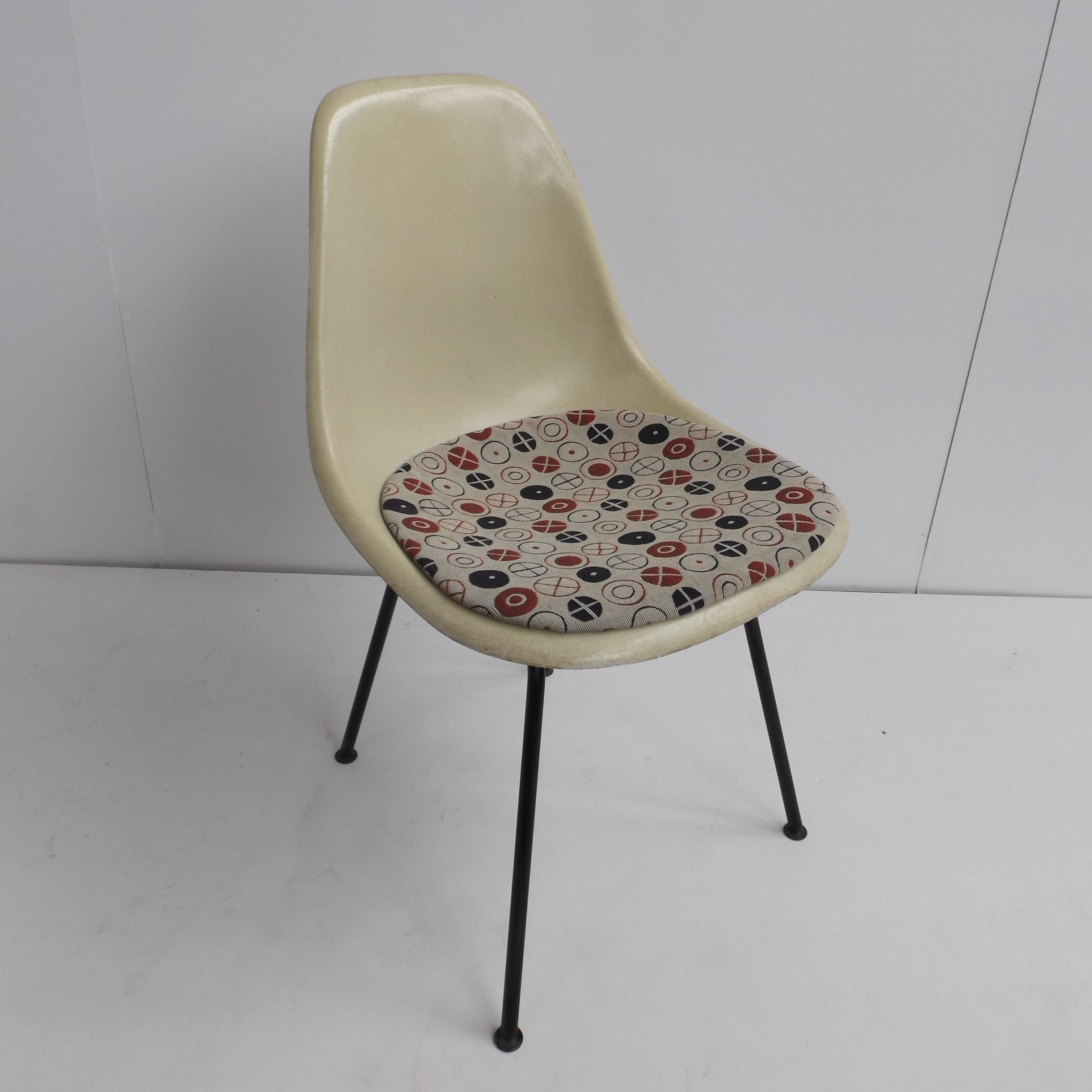 DSX Fiberglass Dinner Chair By Charles U0026 Ray Eames For Herman Miller, 1960s