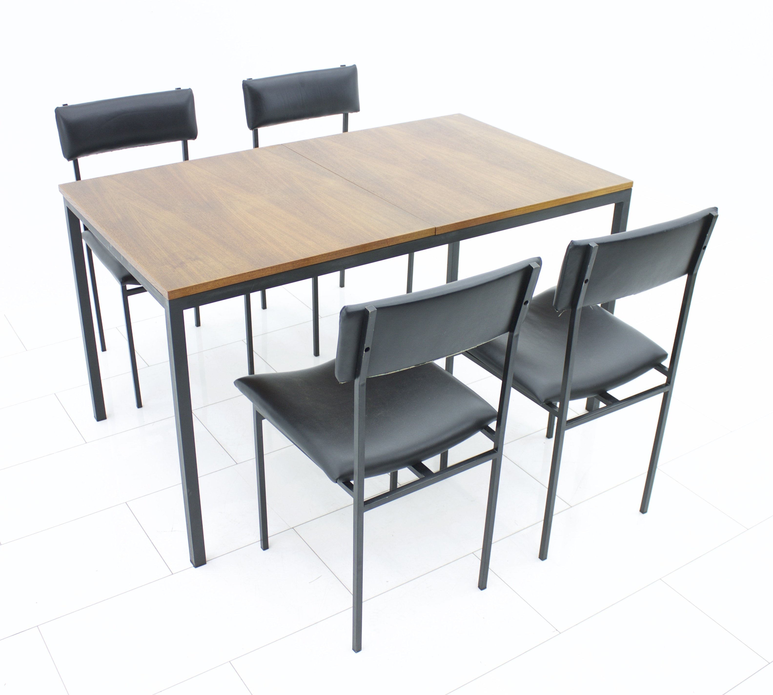 Picture of: Mid Century Modern Dining Suite With A Teak Table A Set Of Four Leather Steel Tube Chairs 1966 61444