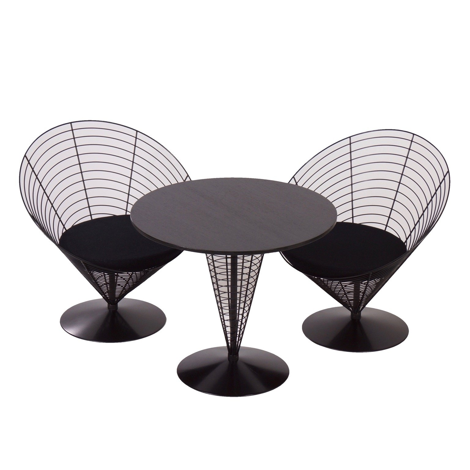cone table with two cone chairs by verner panton from fritz hansen 1980s 64195. Black Bedroom Furniture Sets. Home Design Ideas