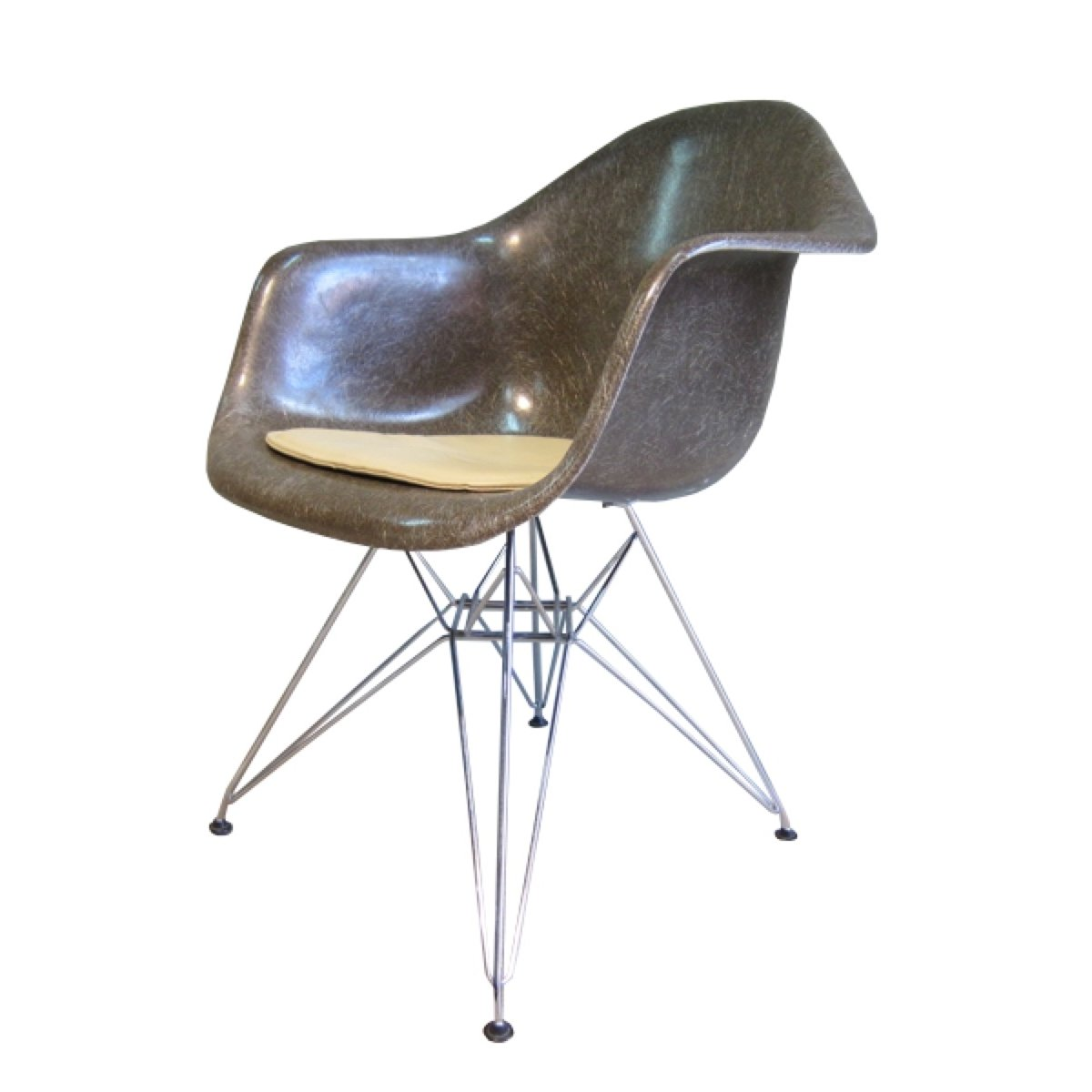 Vintage Eames Fiberglass Armchair With Wire Base Amp Seating