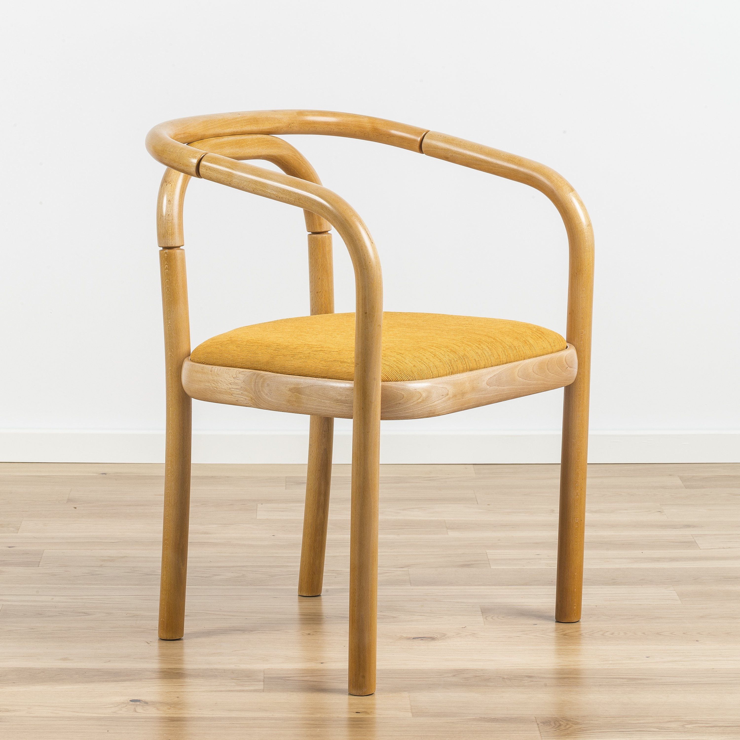 A set of 3 beech bentwood dining chairs from ton 1970s