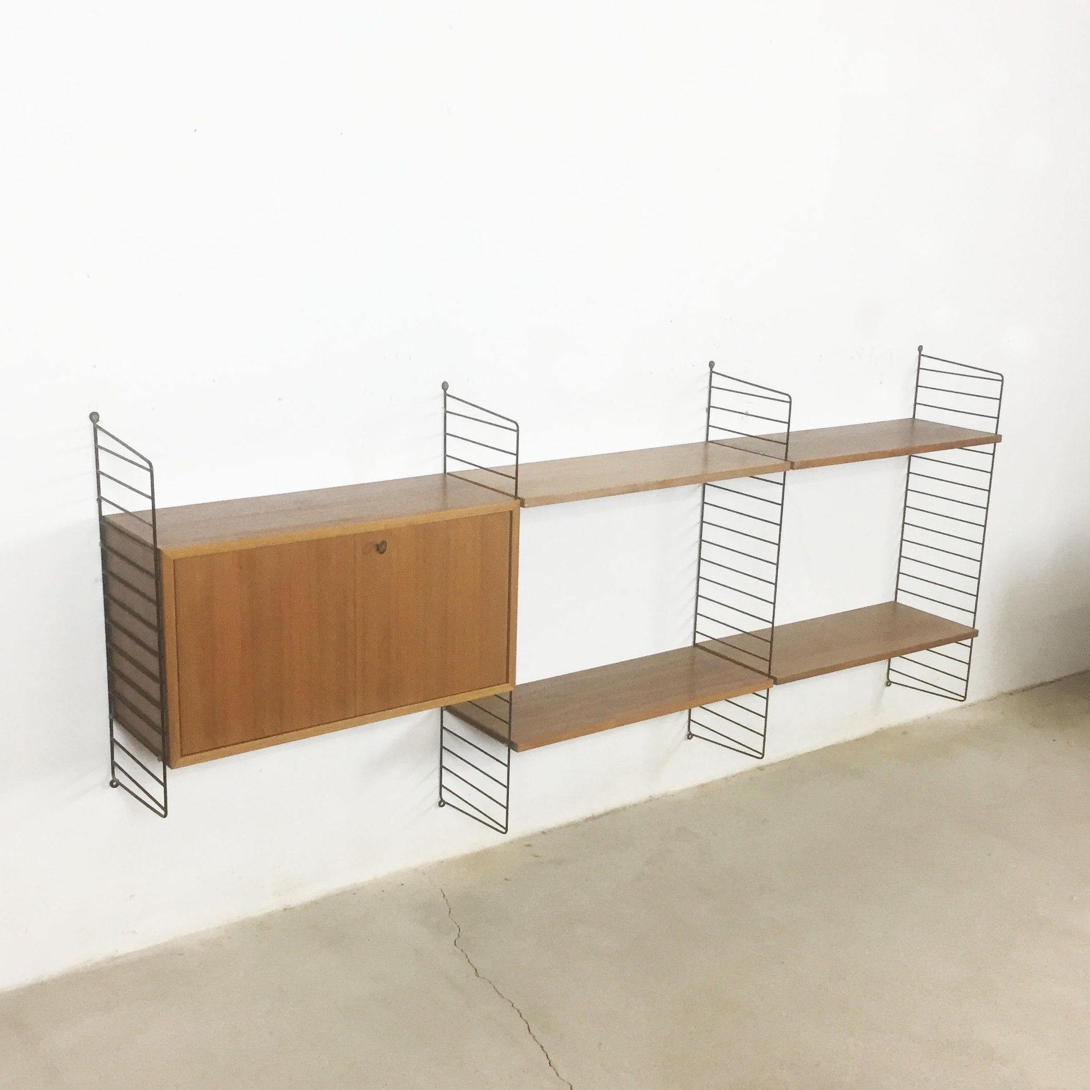 Walnut wall unit by Nisse Strinning for String Design AB, 1960s ...