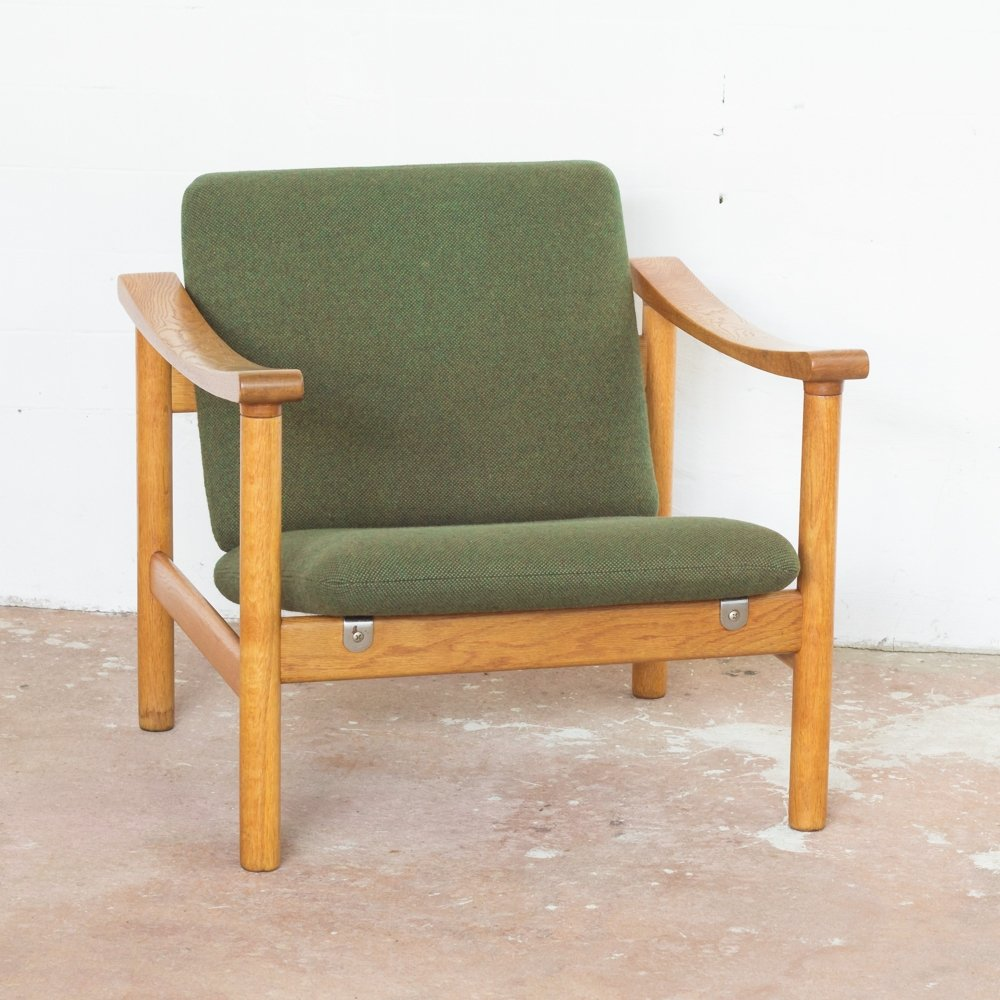 easy chair in oak hallingdal fabrik by hans wegner for getama 68665