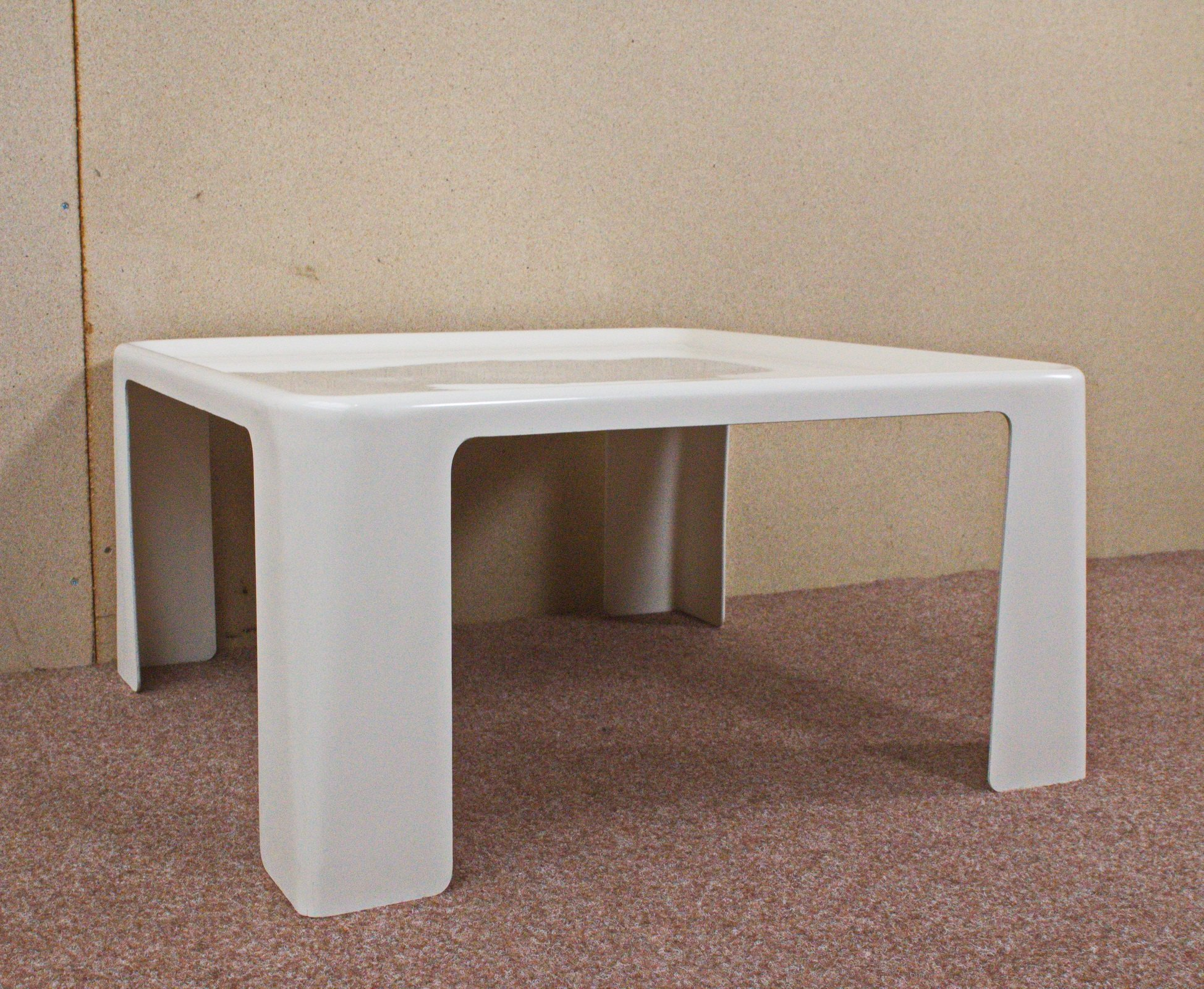 Italian fibreglass table by mario bellini for c b italia - B b italia link table ...